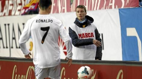 جماهير الريال تهدد صبي الكرات بالقتل لاستفزازه رونالدو في ديربي مدريد