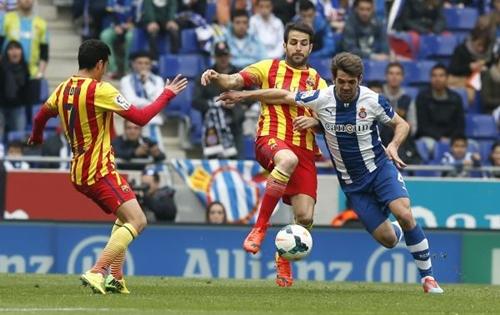 برشلونة يحسم ديربي كتالونيا بفضل هدف ميسي