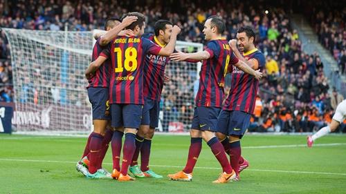 نجوم يطرقون أبواب الرحيل عن برشلونة بعد بويول