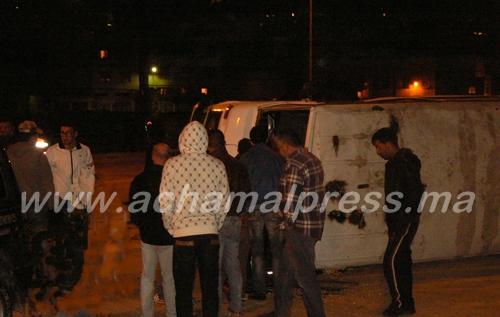 إصابة أربعة مستخدمين في حادثة اصطدام سيارتين وسط مدينة طنجة