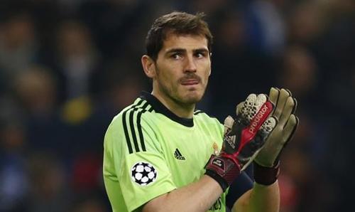 كاسياس : أتمنى حراسة مرمى ريال مدريد حتى سن الأربعين