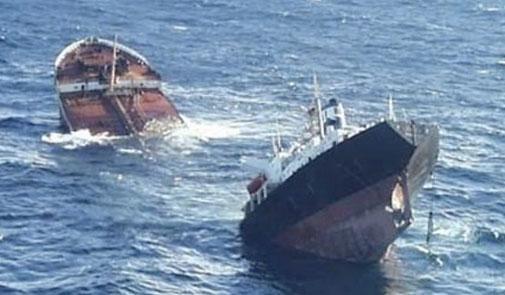 3 قتلى و9 مفقودين في حصيلة جديدة لغرق سفينة صيد قرب ميناء الداخلة