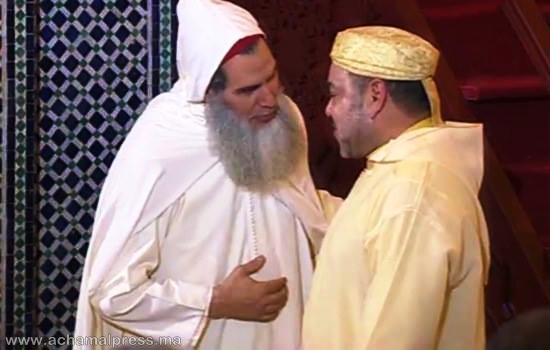 الشيخ الفزازي يلقي خطبة الجمعة أمام الملك محمد السادس بمسجد طارق بن زياد بطنجة