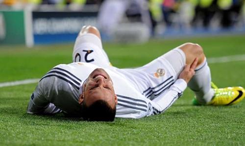 الرباط الصليبي يبعد خيسي عن ريال مدريد ستة شهور