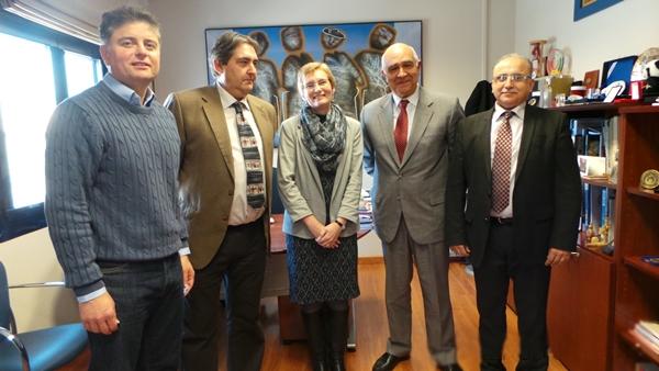 الإعلان عن مشاريع اجتماعية ورياضية بين مؤسسة المغرب التطواني وجامعة غرناطة