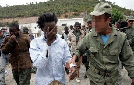 """""""هيومن رايت"""" تحذر المغرب واسبانيا من تبني اليات لطرد المهاجرين في اجتماع طنجة"""