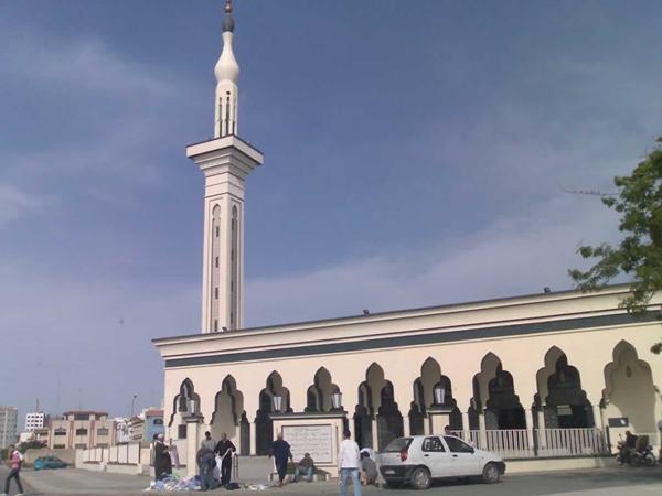 """وزارة الداخلية تعلن إقدامها على الطرد الفوري للسوريين """"المشوشين"""" على المساجد"""