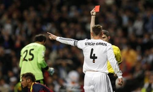 إيقاف راموس مدافع ريال مدريد مباراة بسبب طرد الكلاسيكو