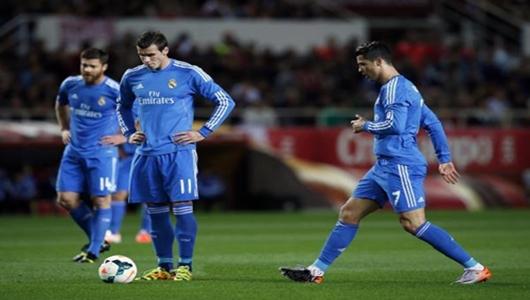 ماركا تكشف : 10 أسباب تقف وراء أزمة ريال مدريد