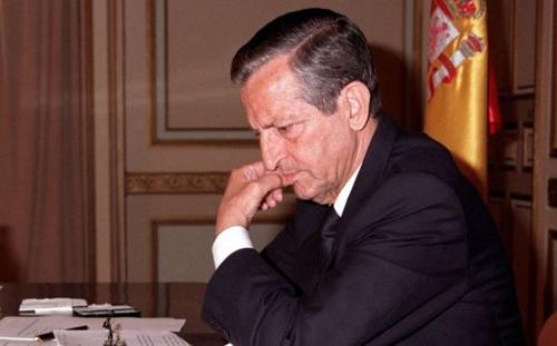 """إسبانيا تودع """"أدولفو سواريز"""" الأب الروحي لانتقالها الديمقراطي"""