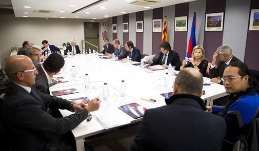 برشلونة ردا على عقوبات الفيفا : لدينا 90 يوما لشرح ملابسات القضية