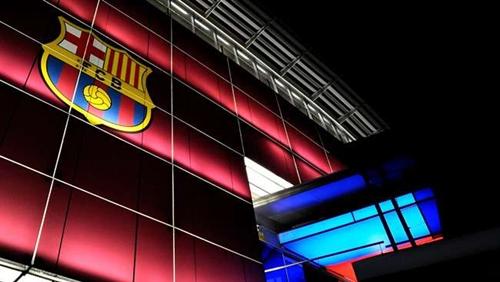 برشلونة سيستأنف قرار منعه من التعاقد