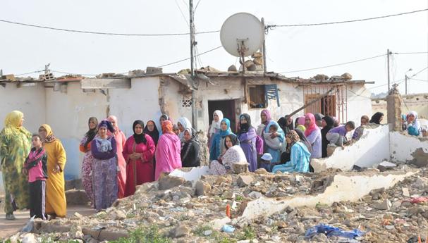 """سكان أحياء صفيحية بأصيلة يستنجدون باليعقوبي للتحقيق في """"فساد كبير"""" يشوب ملفهم"""