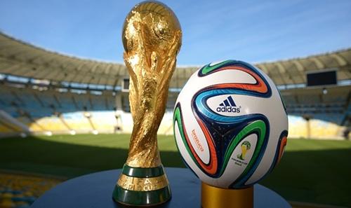"""قنوات تتحدى """"بيين سبورت"""" وتنقل مباريات كأس العالم مجانا + جميع الترددات"""