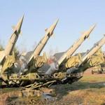 الجيش المغربي ينشر مدرعات وصواريخ مضادة للطائرات بطنجة + (فيديو)