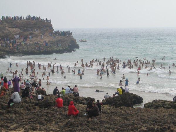 أجواء مثالية متوقعة ليومي السبت والأحد تغري بالتوجه إلى الشواطئ للاستمتاع