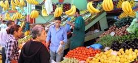 الأسر المغربية متشائمة بشأن المستقبل مع استمرار ارتفاع الأسعار