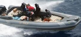 """البحرية الملكية تجهض عملية تهريب طنين من الشيرا بـ""""رأس سبارطيل"""" وتعتقل 3 أشخاص"""