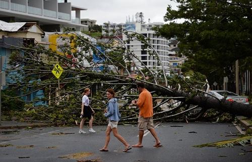 ارتفاع حصيلة ضحايا سوء الأحوال الجوية بالولايات المتحدة إلى 28 قتيل