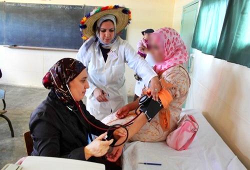 قافلة طبية تقدم مساعدات إنسانية لأزيد من 2800 شخص ضواحي طنجة