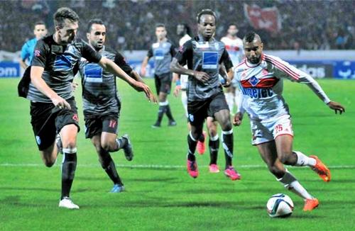 اتحاد طنجة والوداد البيضاوي يكتفيان بالتعادل (2-2) في مباراة متكافئة