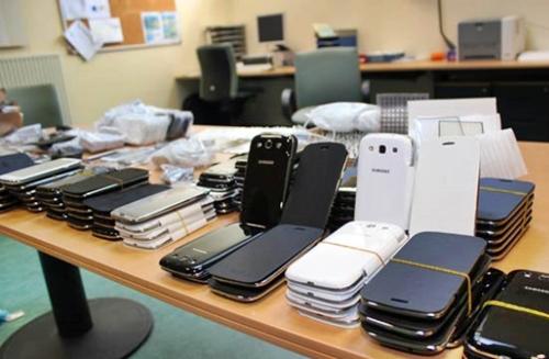 إيقاف مغربي حاول تهريب 300 هاتف مستعمل عبر ميناء طنجة المتوسط