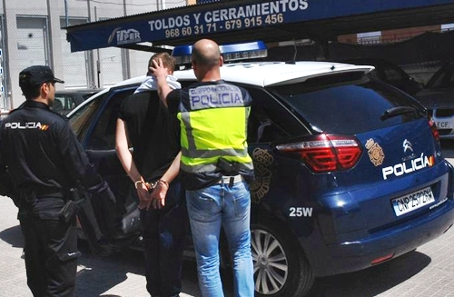 اعتقال مغربي مع مهاجرين سريين متورط في جريمة قتل عجوز باسبانيا