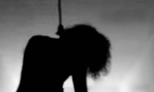 """انتحار شابة شنقا بمنزل أسرتها بـ""""واد لاو"""" لأسباب غامضة"""