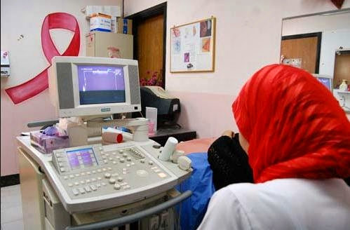 نساء وزان يستفدن من حملة طبية مجانية للكشف المبكر عن سرطان الثدي