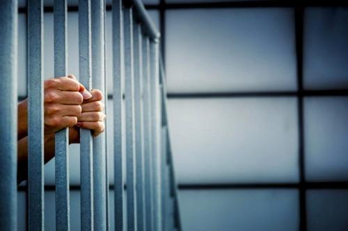 السجن لمدير وموظف بنكي تورطا في اختلاس مليار سنتيم من حساب الزبناء بطنجة