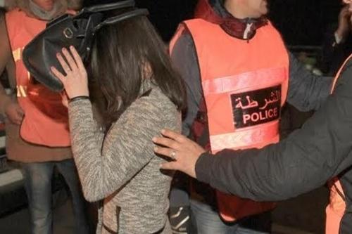 """اعتقال سيدة متلبسة بترويج """"السيليسيون"""" و""""الهيروين"""" بطنجة"""