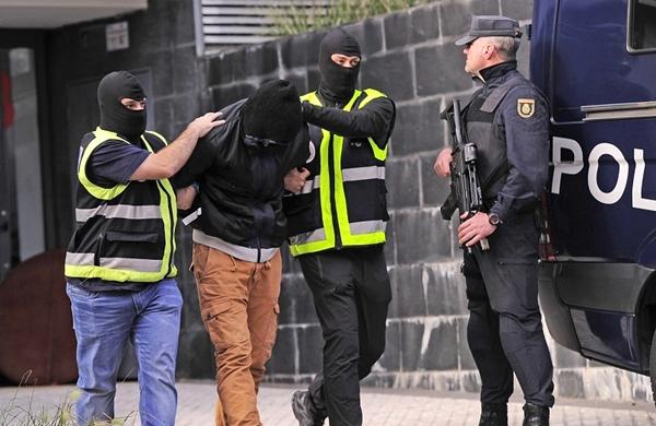 اسبانيا تعتقل حوالي 229 جهادي بإقليم كتالونيا منذ سنة 2004