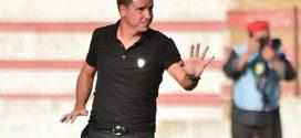"""لجنة التأديب توقف مدرب المغرب التطواني """"سيرجيو لوبيرا"""" 4 مباريات"""