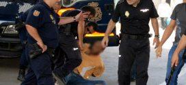 مغربي يوجه طعنات بسكين لشرطيين إسبانيين في مليلية المحتلة