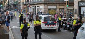 الشرطة الإسبانية تبحث عن أربعة مشتبهين في اعتداءات برشلونة