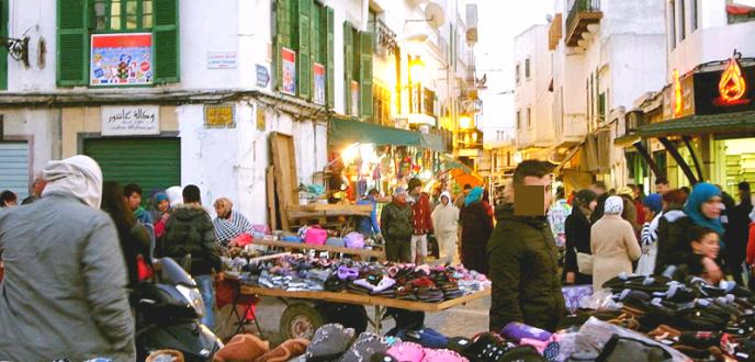 استفحال ظاهرة الباعة الجائلين يقلق التجار بجهة طنجة