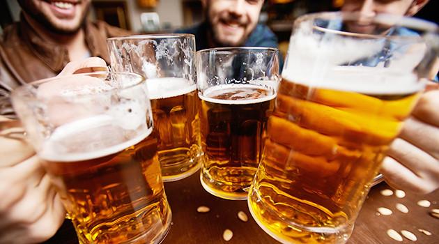 """""""البيرة"""" أكثر المشروبات الكحولية استهلاكا بالمغرب"""