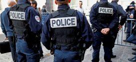 """فرنسا تعترف بوجود """"عشرات"""" المتطرفين بين صفوف الشرطة والجيش"""