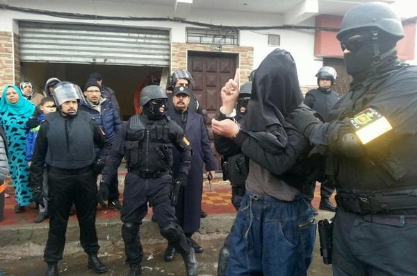 """""""البسيج"""" يعتقل """"داعشيان"""" خططان لتنفيذ عمليات إرهابية بالمغرب"""