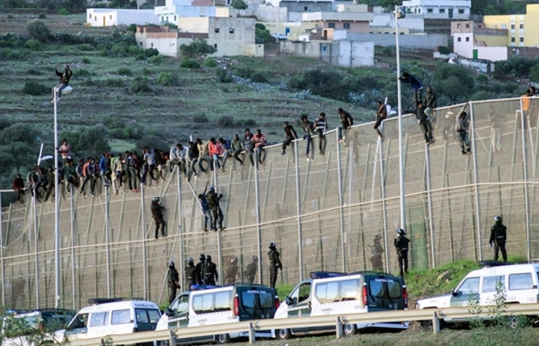 280 مهاجرا غير نظامي وصلوا لأوروبا عن طريق المغرب خلال شهر فبراير