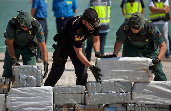 تفكيك شبكة لتهريب المخدرات من شمال المغرب إلى اسبانيا وحجز 3 أطنان من الحشيش