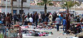 """إعادة إيواء أزيد من 210 بائعا متجولا في سوق """"البركة"""" بالعرائش"""