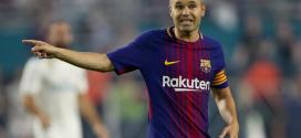 """""""أندريس إنييستا"""" يعلن الرحيل عن برشلونة بنهاية الموسم"""