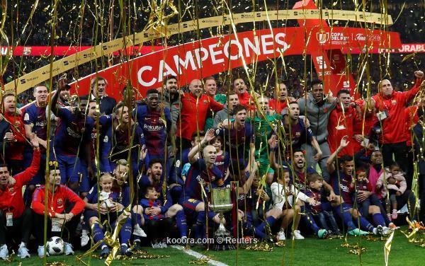 برشلونة يتوج بكاس الملك الاسباني بفوز ساحق على اشبيلية بخماسية نظيفة