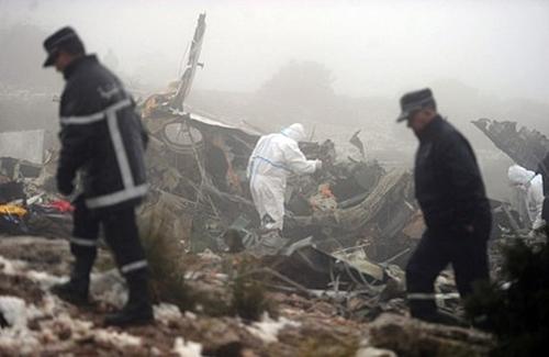 الجزائر.. 257 قتيلا إثر تحطم طائرة عسكرية من بينهم 27 عنصرا من بوليساريو