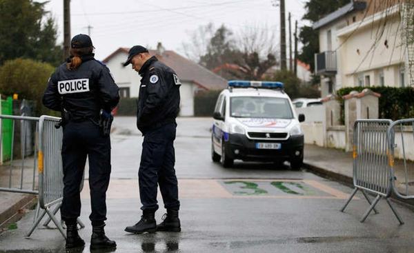 مهاجر سري مغربي يغتصب عجوزا عمرها 87 سنة بفرنسا