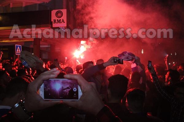 فرحة هيستيرية بشوارع طنجة احتفالا بلقب البطولة
