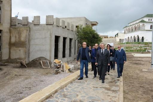 وزير الثقافة والاتصال يتفقد مشاريع التراث الثقافي بإقليم الحسيمة