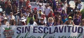 مسيرة احتجاجية بإسبانيا تضامنا مع العاملات المغربيات ضحايا التحرش الجنسي