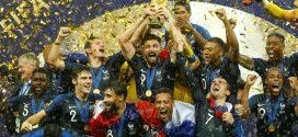 فرنسا تهزم كرواتيا وتحرز لقب كأس العالم للمرة الثانية في تاريخها